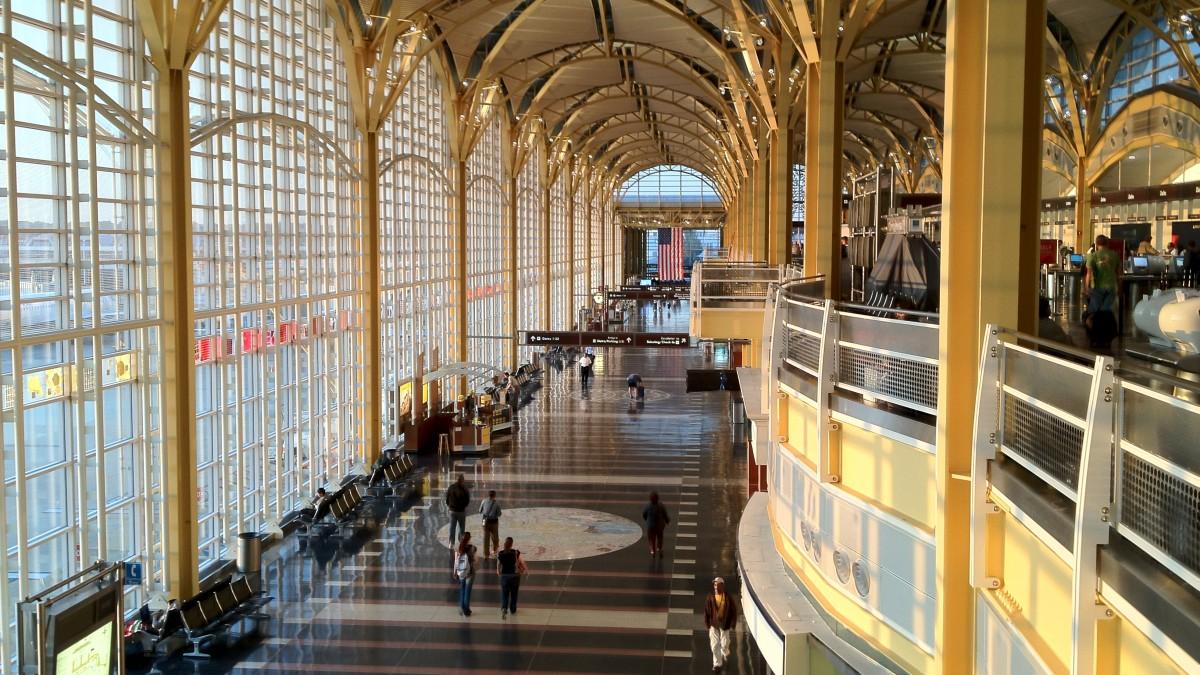 Ronald Reagan Washington National Airport - Image 1