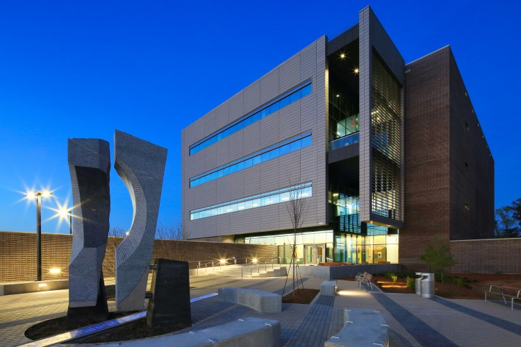 State & Local Government Project - City of Raleigh Central Communication Center