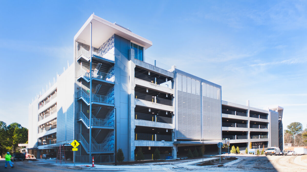 Eastowne Medical Office Building and Parking Deck - Image 3